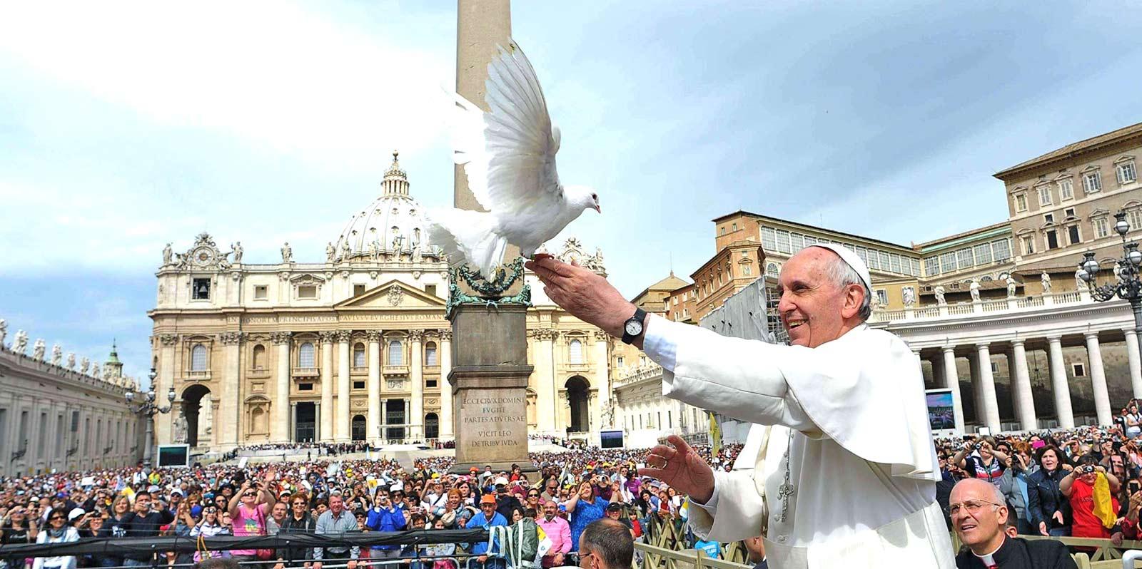 papa-e-colomba-della-pace